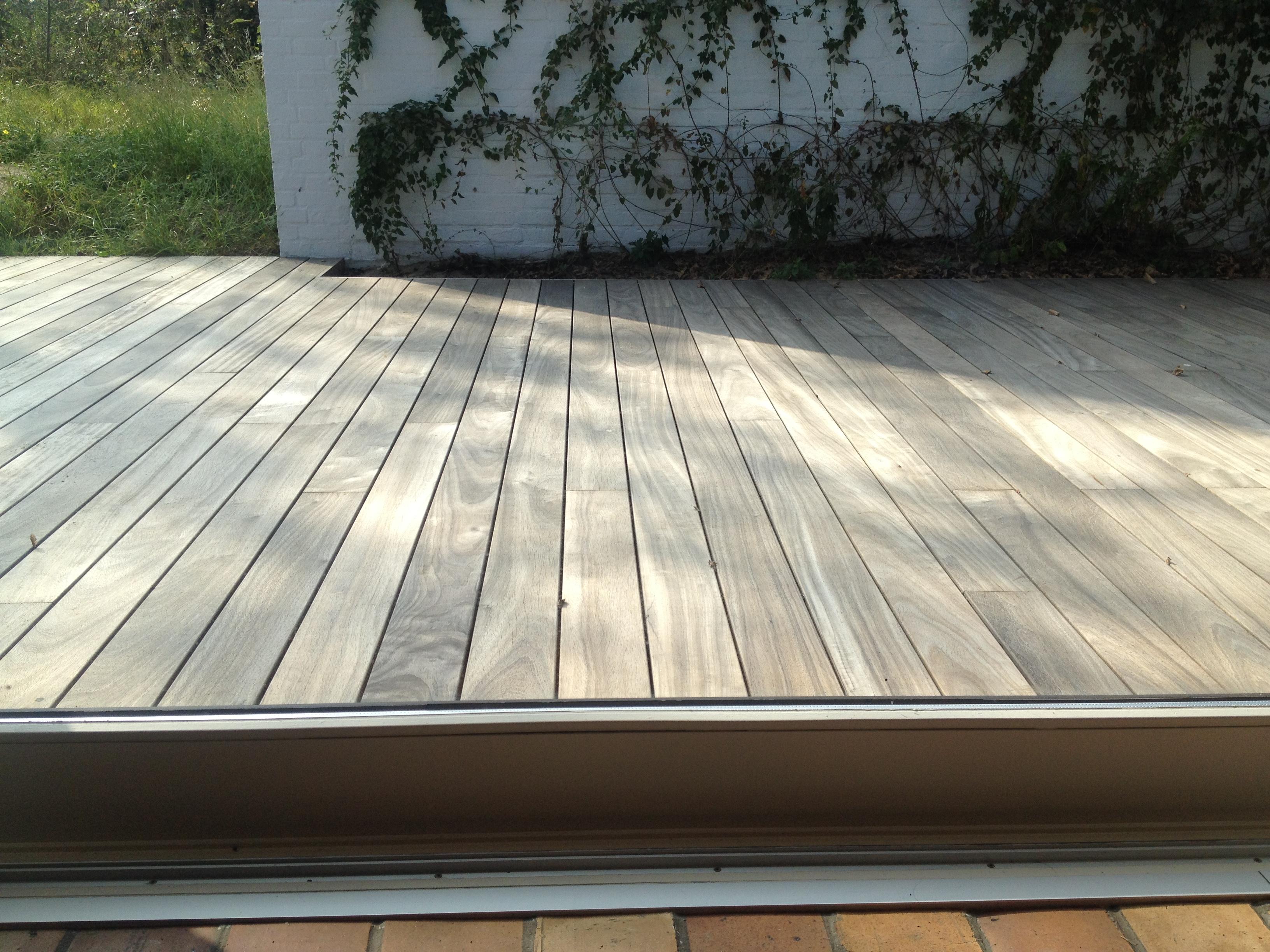 houten terras in padouk